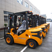 Electric or Diesel Forklift CPCD30 with Solid Tire from Evangel Industrial (Shanghai) Co., Ltd.