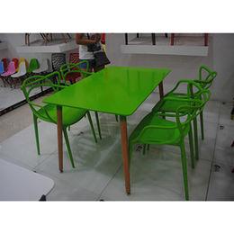 China Square Restaurant Plastic Table