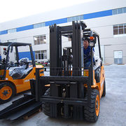 2.5t Forklift with China Engine from Evangel Industrial (Shanghai) Co., Ltd.