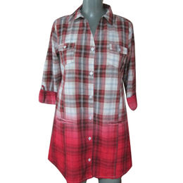 China Ladies' woven high-quality dip dye 100% cotton plaid shirt dresses, customized clothing accepted