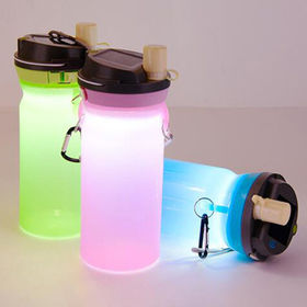 China Waterproof silicone water bottle