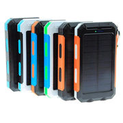 China Waterproof IP68 Solar Cellphone Charger 10,000mAh Portable Solar Power Bank with Dual USB