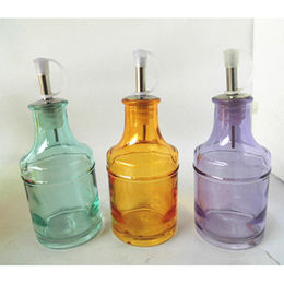China Oil bottle with environment-friendly painting colors