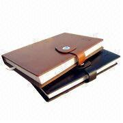 China Stationery Gift Set in PU Leather, Customized Designs are Welcome