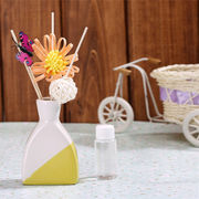 China Aroma oils fragrance reed diffuser with natural sticks