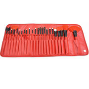 China Makeup Brush Set 24pcs with Bright Red Pouch