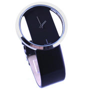Zinc alloy case watch from  Ningbo Fashion Accessories Factory