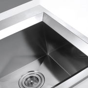 China Handmade Zero Radius Single Bowl Undermount Stainless Steel Kitchen Sink with Strainer