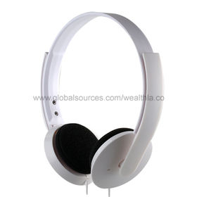 Noise-cancelling Headphones from  Wealthland (Audio) Limited