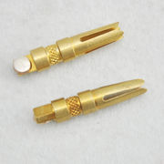 China Binding Posts, Made of Brass Riveting Silver Contact, Used for Home Appliances, RoHS, SGS Marks
